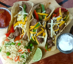 steak-fajita-taco-dinner-special